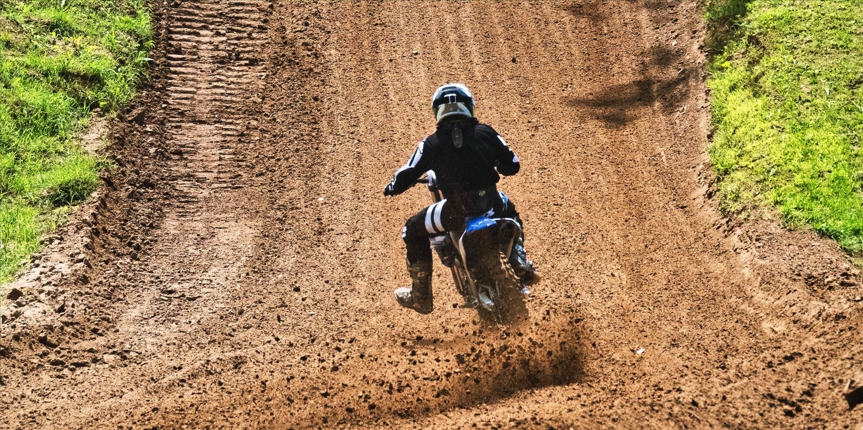 active-bike-rider-biker-2802554.jpg