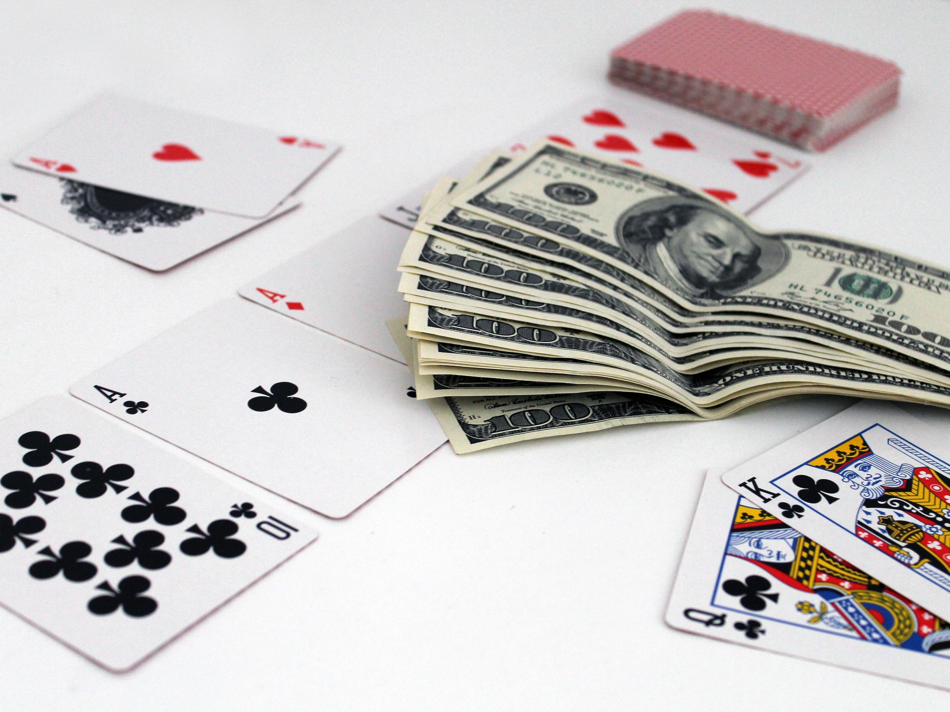 ace-banknote-blackjack-534212.jpg