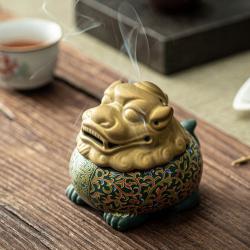 金猊瑞烟——狻猊陶瓷香炉